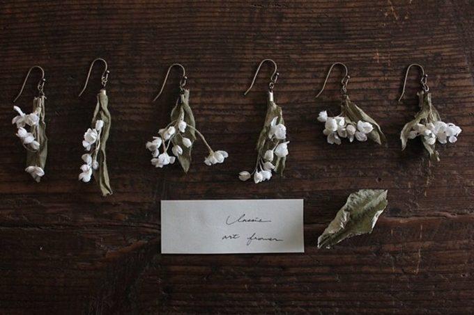 Rie Katoriのスズランの布花アクセサリー