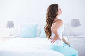 腰痛&ぽっこりお腹の原因「反り腰」の緩和に。骨盤調整ストレッチ