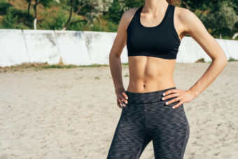 【完全版】体幹を鍛えてしなやかな身体を目指す。お腹に効くトレーニング「プランク」5選