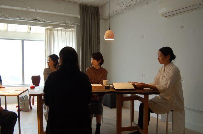「朗読教室ウツクシキ」の朗読会の様子2