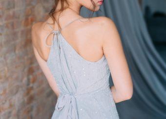 【完全版】背中の引き締め&姿勢美人が目指せる「広背筋」エクササイズ特集