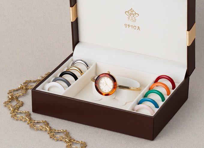 11色のベゼルリングが付け替えられる「SPICA」の腕時計2