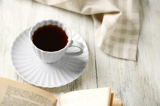 ホットで飲むのもおすすめ、「COLD BREW(コールドブリュコーヒー」4