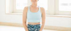 『運動してもヤセなかったアラフォーの私が9kgヤセた のばしゆらし体操』の著者の橋本はづきさん1