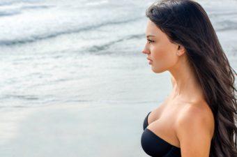 美姿勢&バストアップに近づく。大人の女性必見のエクササイズ特集