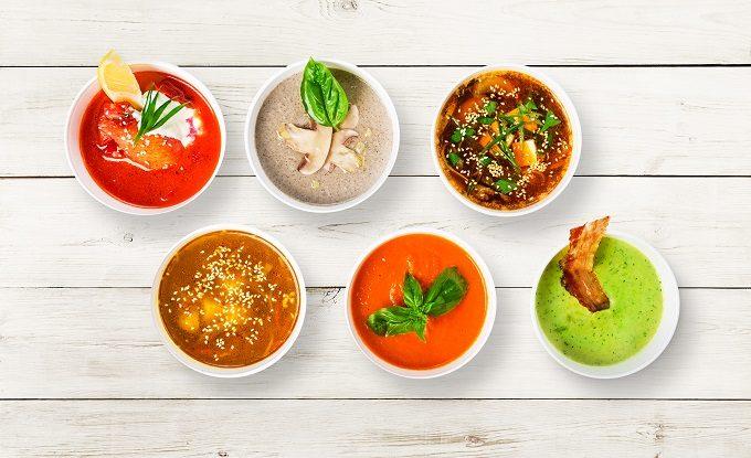 ダイエットや夜食におすすめの低糖質で高たんぱくのスープ、さまざまなバリエーション