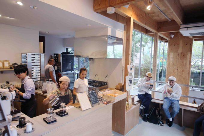 築60年の建物を再生したミナガワビレッジ内にあるカフェ