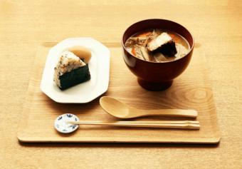 お腹も心も満たされる。おいしくて栄養満点のお味噌汁を届ける専門店「MISOJYU」