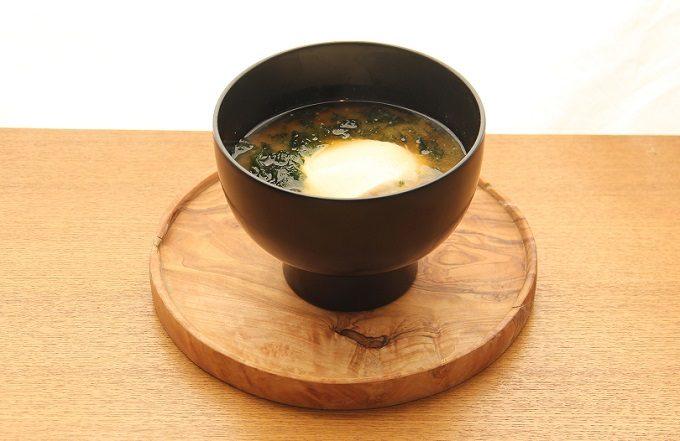 いつもと違う、こだわりの豆腐のお味噌汁