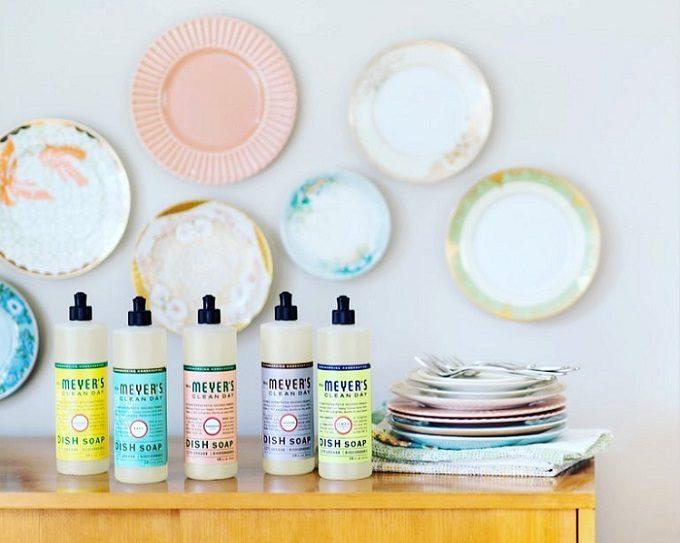 大掃除におすすめ「ミセスマイヤーズ クリーンデイ」の洗剤とお皿