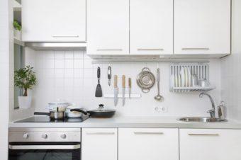 すっきりしたお部屋作りに。片付けのコツが満載『決定版 シンプル収納のルール&アイデア』