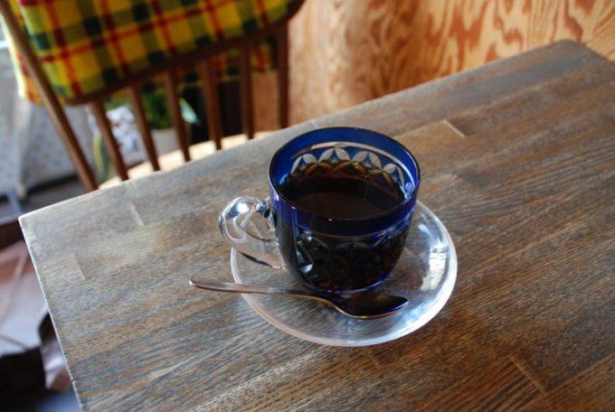 珈琲を切子のカップで味わえる「すみだ珈琲」のコーヒー