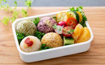 雑穀やスーパーフードを手軽に味わう。「TANESHO FACTORY LABEL」のおにぎり
