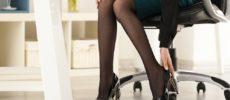 オフィスでの休憩時間におすすめ。椅子に座ったままできる冷え&むくみ対策ストレッチ<2選>