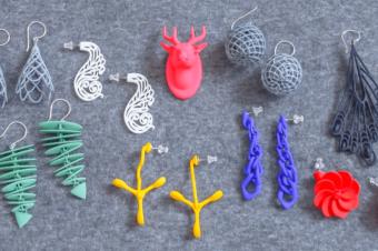 3Dプリンターの技術に驚愕。立体が耳を飾る「monocircus」のイヤーアクセサリー