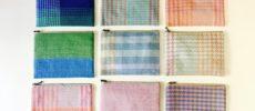 手織りの布で作られた「nagamori chika」のポーチ