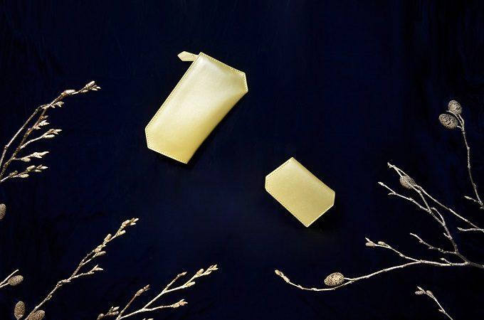 持ちやすく使いやすい「SHOJIFUJITA(ショウジフジタ)」の六角形の革のミニ財布、新色