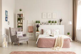 おしゃれな家具やインテリア雑貨はなくていい。今あるもので「あか抜けた」部屋になる方法