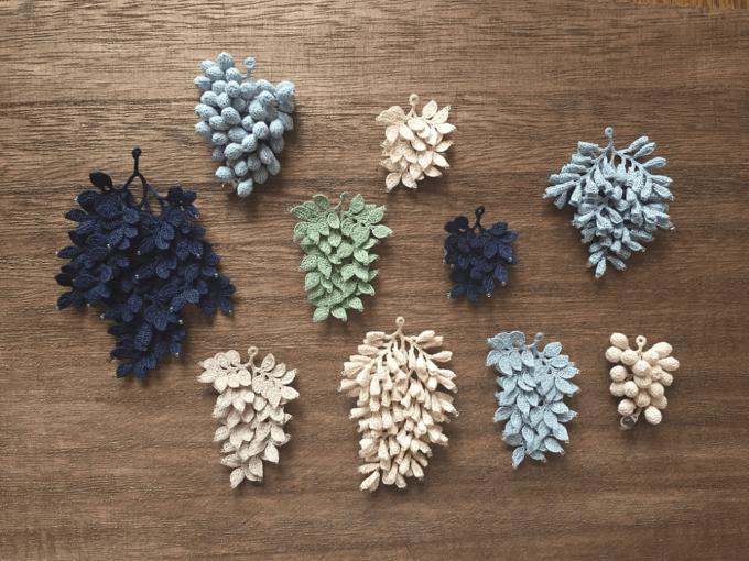 「雨 nijitsumugi(あめ にじつむぎ)」のレース編みイヤーアクセサリー、様々なバリエーション