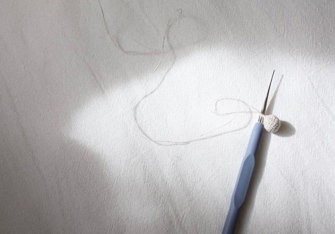 「Littlemiss(リトルミス)」のかぎ針編みでできたシンプルで上品なピアス、制作工程