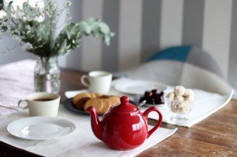 かわいさも使いやすさも両立。お茶の時間を彩る「LONDON POTTERY」のティーポット