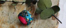 色鮮やかな「thread jewelry Ricca(スレッドジュエリーリッカ)」の加賀ゆびぬきリング