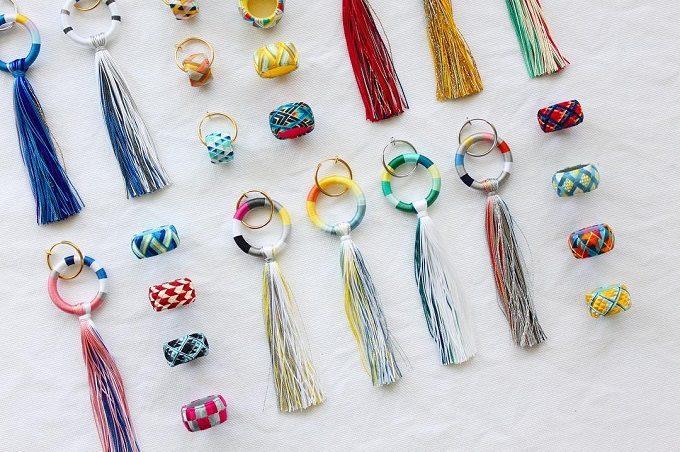 色鮮やかな「thread jewelry Ricca(スレッドジュエリーリッカ)」のアクセサリー