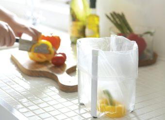 快適なキッチンライフの強い味方。一つで何役もこなす「ポリ袋エコホルダー」
