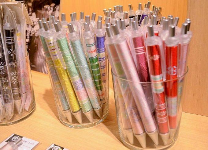 森博多織のセレクトショップ「ふたくち」のボールペン