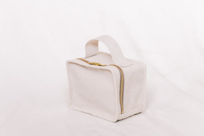 「LIFESTYLIST」の帆布バッグ、キャンバス地