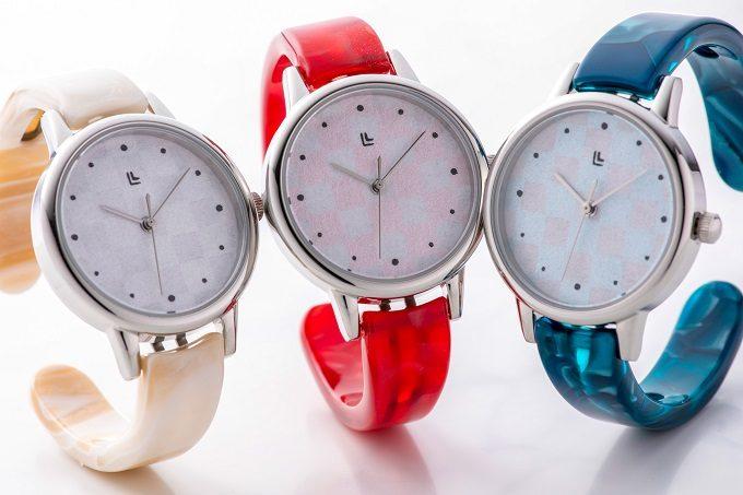 越前和紙を敷き詰めた「IGATTA COLLETTI(イガッタコレッティ)」の腕時計