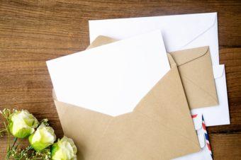 郵便で届くタイムカプセル。1年後の自分に送る手紙「TOMOSHIBI LETTER」