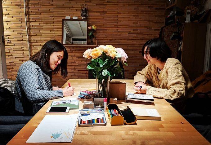 「TOMOSHIBI LETTER」を書いている様子2
