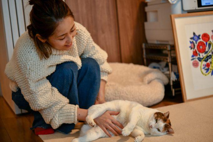 デザイナー・山岸彩さんと愛猫