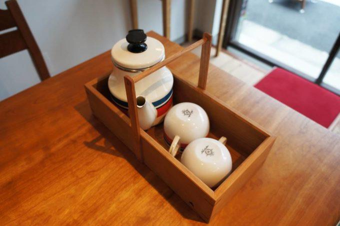 清澄白河のオーダー家具のショールーム「アオゾラカグシキ會社」の持ち手つき組み箱