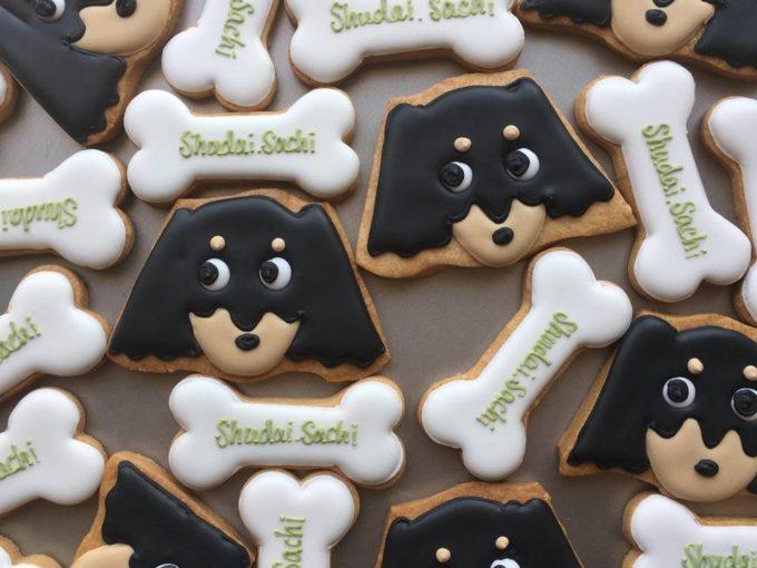 「Canvas Cookies(キャンバスクッキー)」の可愛いアイシングクッキー、犬