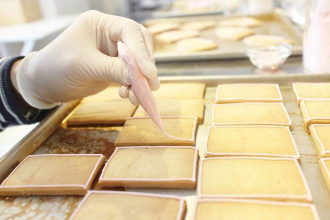 「Canvas Cookies(キャンバスクッキー)」の可愛いアイシングクッキーの製造工程