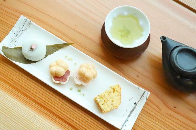 「日本茶喫茶 茶縁(ちゃえん)」の、春らしいスイーツ3種のセット「三重奏」