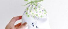 イラストレーターの大久保 瑠璃さんが手掛ける「Lielue(リール―)」の「足ちゃんポーチ」