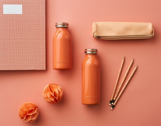 「mosh!」の牛乳瓶型ステンレスボトル、オレンジ