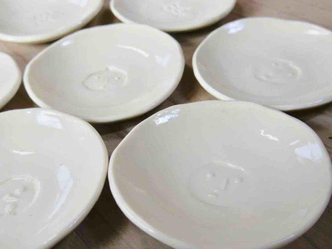 窯元「大屋窯」の萩焼の器、皿