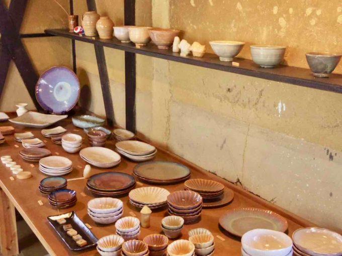窯元「大屋窯」の萩焼の器