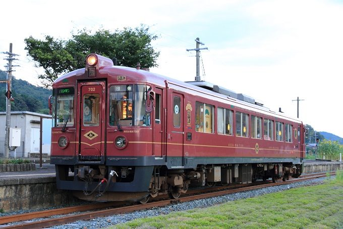 「京都丹後鉄道」のレトロな観光列車