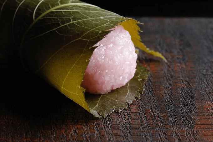 沖縄県の和菓子屋さん「羊羊(ようよう)」のおすすめ和菓子、桜餅