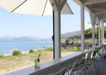 まるで海外のよう。絶景の海を眺めながら贅沢な時間を過ごす「CLASSICO セトウチ珈琲」