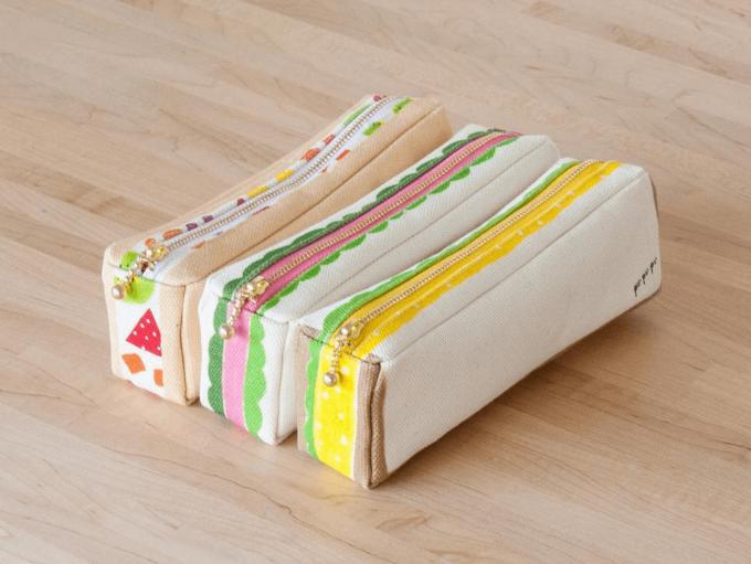 カラフルでポップな「pu・pu・pu(ぷぷぷ)」のペンケース型のサンドイッチポーチ