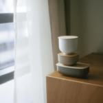 デザインソースは日本のお椀。伝統的な美しさと機能性を兼ね備えた「STORE」の小物入れ