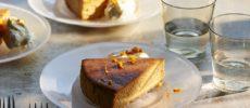 大人気シェフ考案。香り豊かな「ほうじ茶、オレンジ、キャラメルのチーズケーキ」レシピ