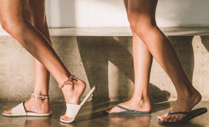 夏ファッションにおすすめ、廃棄されたタイヤから生まれた「indosole」のサンダル1