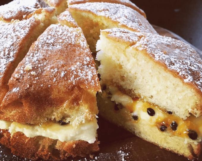 沖縄県産の食材を使ったベイクショップ「TOUCA BAKE SHOP」のヴィクトリアサンドイッチケーキ